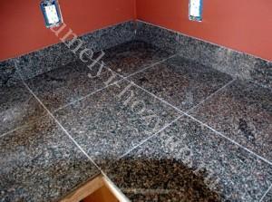 granitnaja-plitka-ukladka-trotuarnaja-klej-tehnologija-1