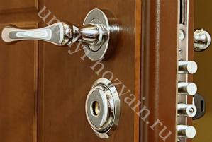 Входные двери с повышенным уровнем защиты